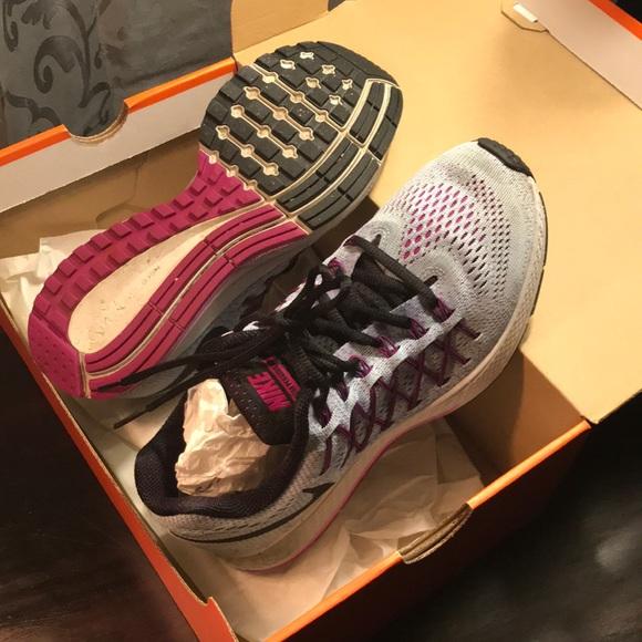 Nike Zoom Pegasus 32 running shoe.